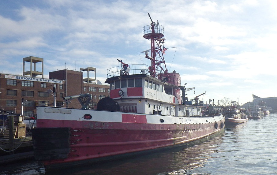 NYC tugboat auction-2