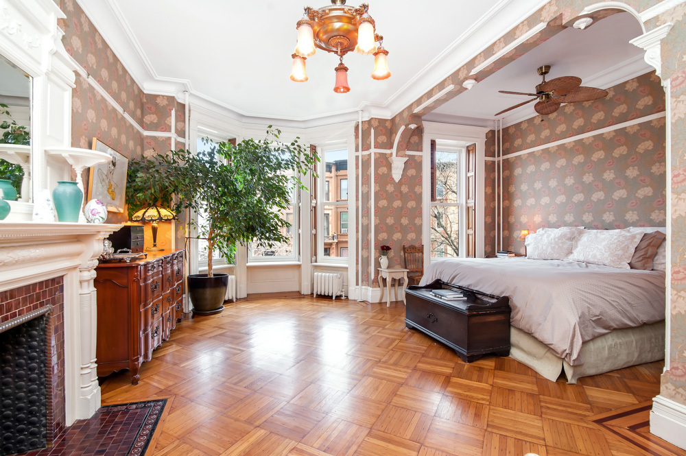 160 Saint Johns Place, Park Slope, Cool listing, townhouse, brownstone, brooklyn brownstone for rent, townhouse for rent, historic homes
