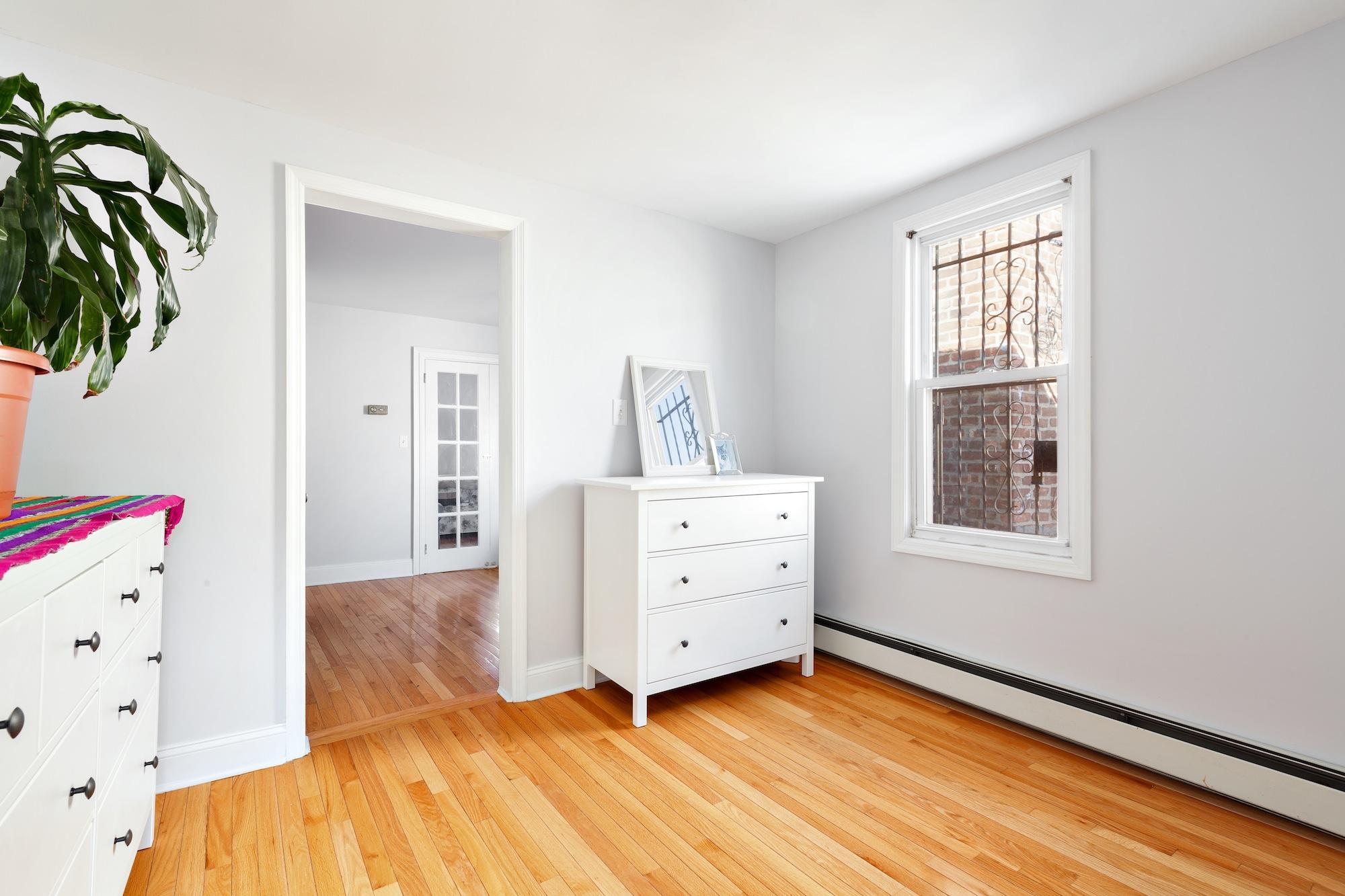 136 30th Street, bedroom, shotgun house