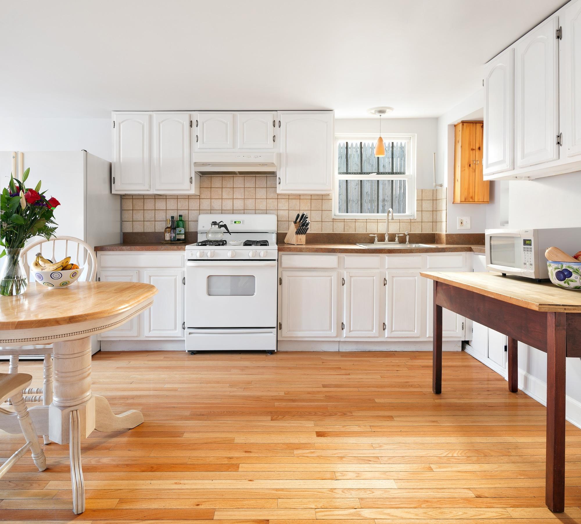 136 30th Street, kitchen, shotgun house