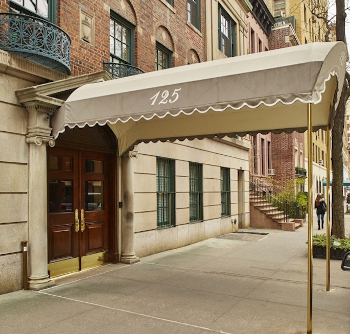 125 East 74th Street, Upper East Side, Jackie O, Jacqueline Onassis, Jacqueline Kennedy Onassis, Celebrities