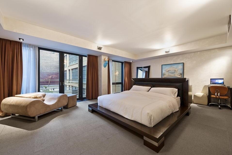 7 Hubert Street, bedroom, condo