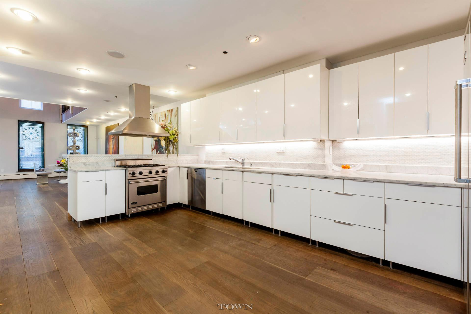 12 Avenue A, kitchen, rental, east village