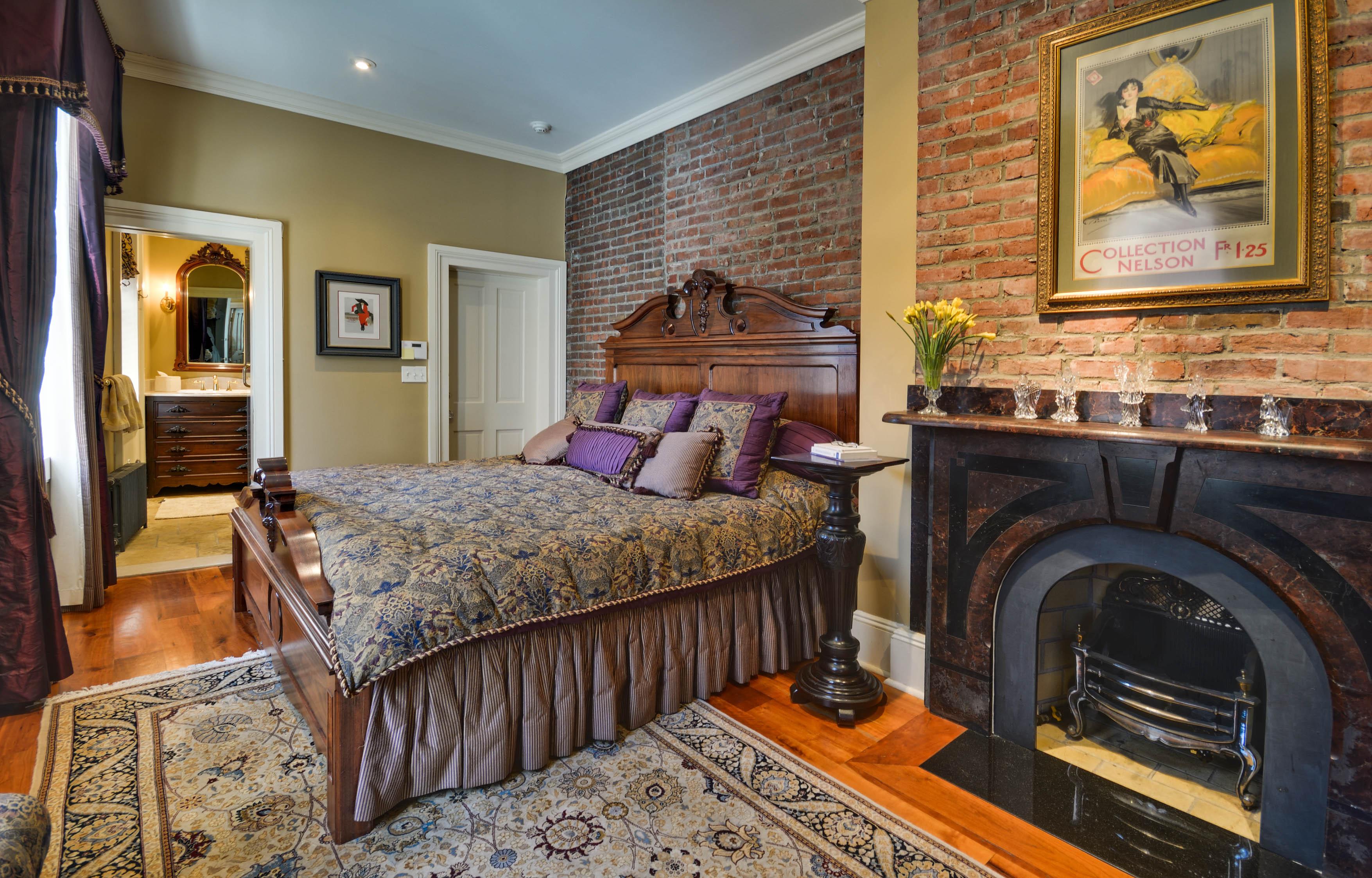 bedroom, 2 sidney place, brooklyn heights
