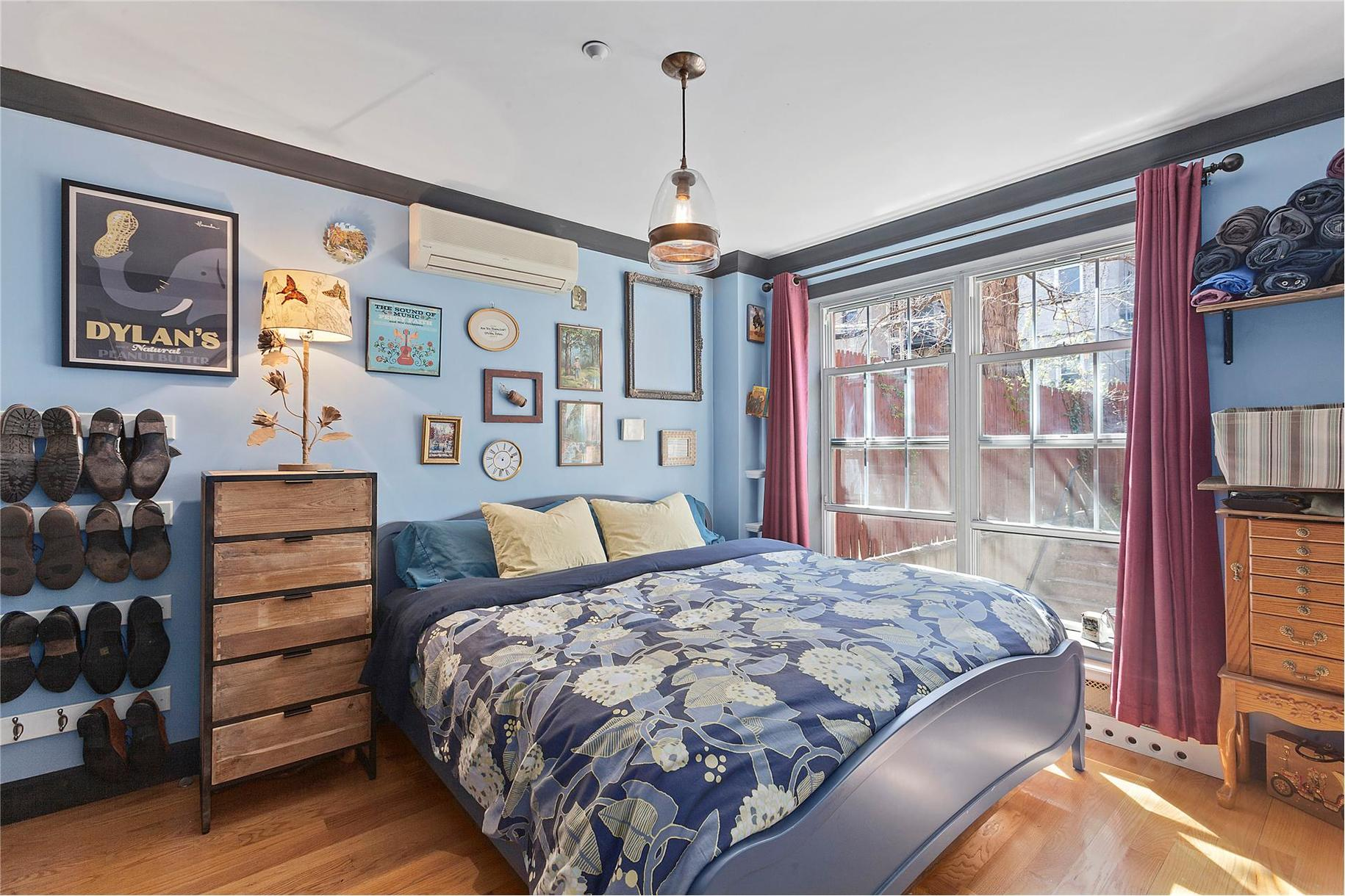 182 Huron Street, Cool Listings, Greenpoint,