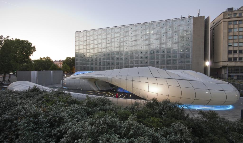 Chanel Mobile Art Pavilion, Zaha Hadid, public art projects, starchitecture