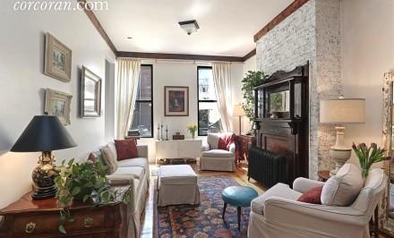 164 Ainslie Street, living room, townhouse, williamsburg