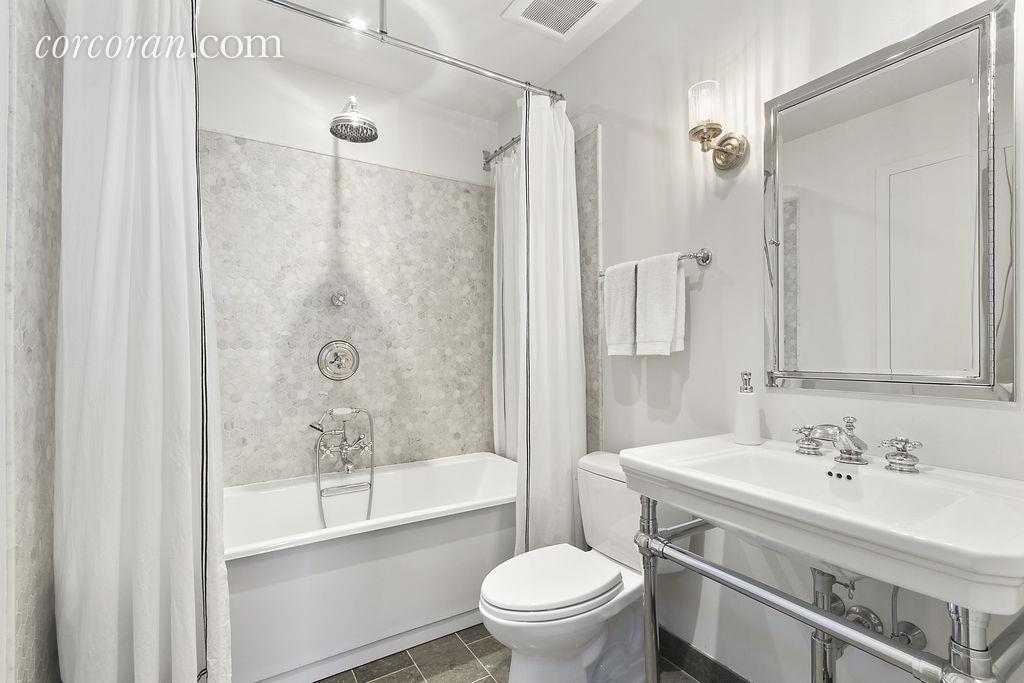 357 Hoyt Street Bath