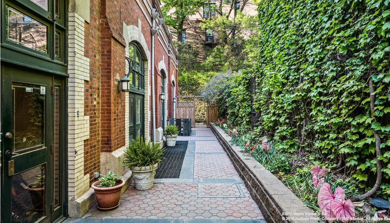 25 joralemon street, brooklyn heights, courtyard