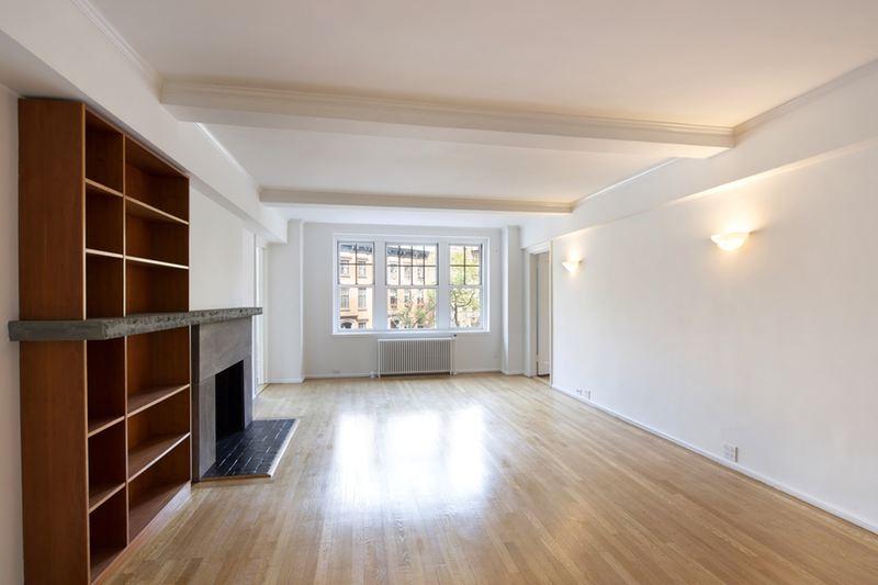 2 horatio street Living Room empty