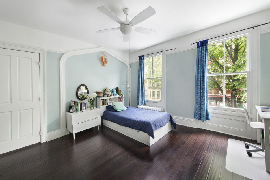 123 cambridge place, clinton hill, frame house, bedroom