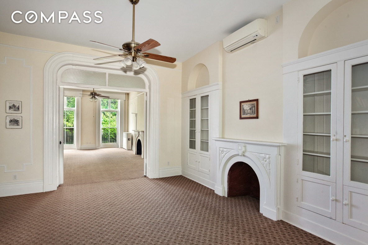 238 East 15th Street, Gramercy, living room, fireplace