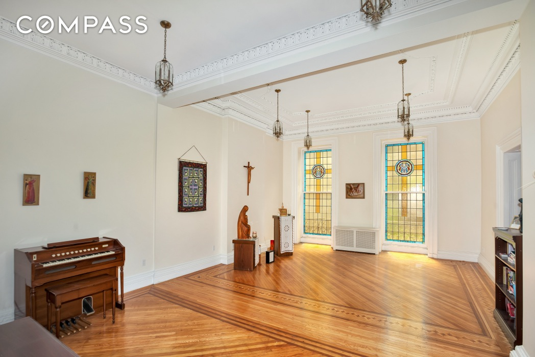 238 East 15th Street, Gramercy, townhouse, stained glass