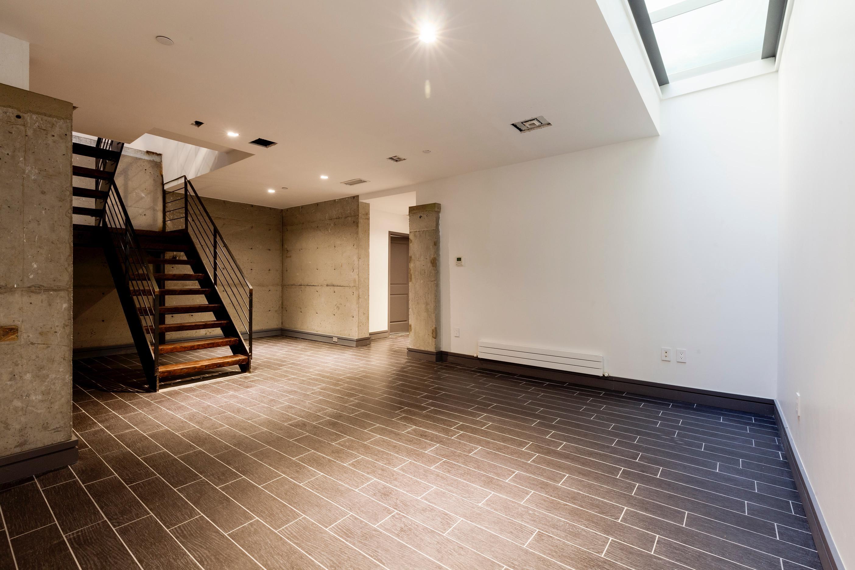 232 Adelphi Street, basement