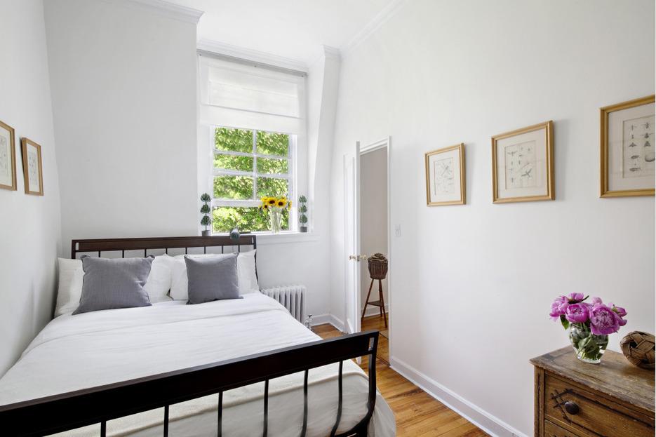 226 West 11th Street, co-op, west village, bedroom