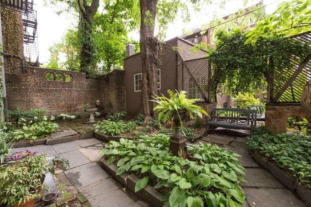 352 West 12th Street Garden