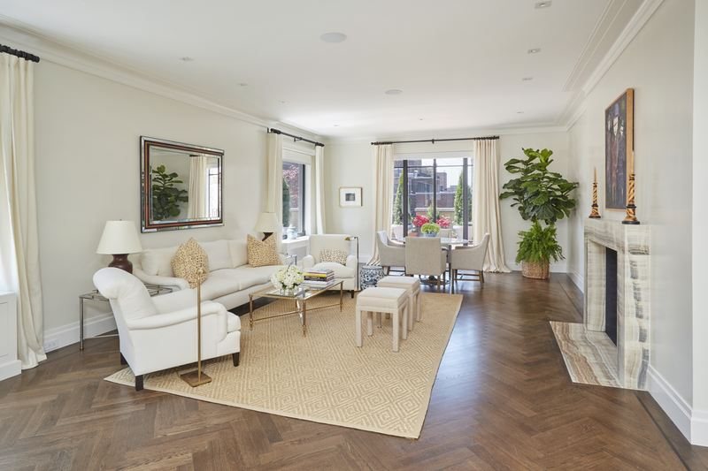 444 East 57th Street Living Room