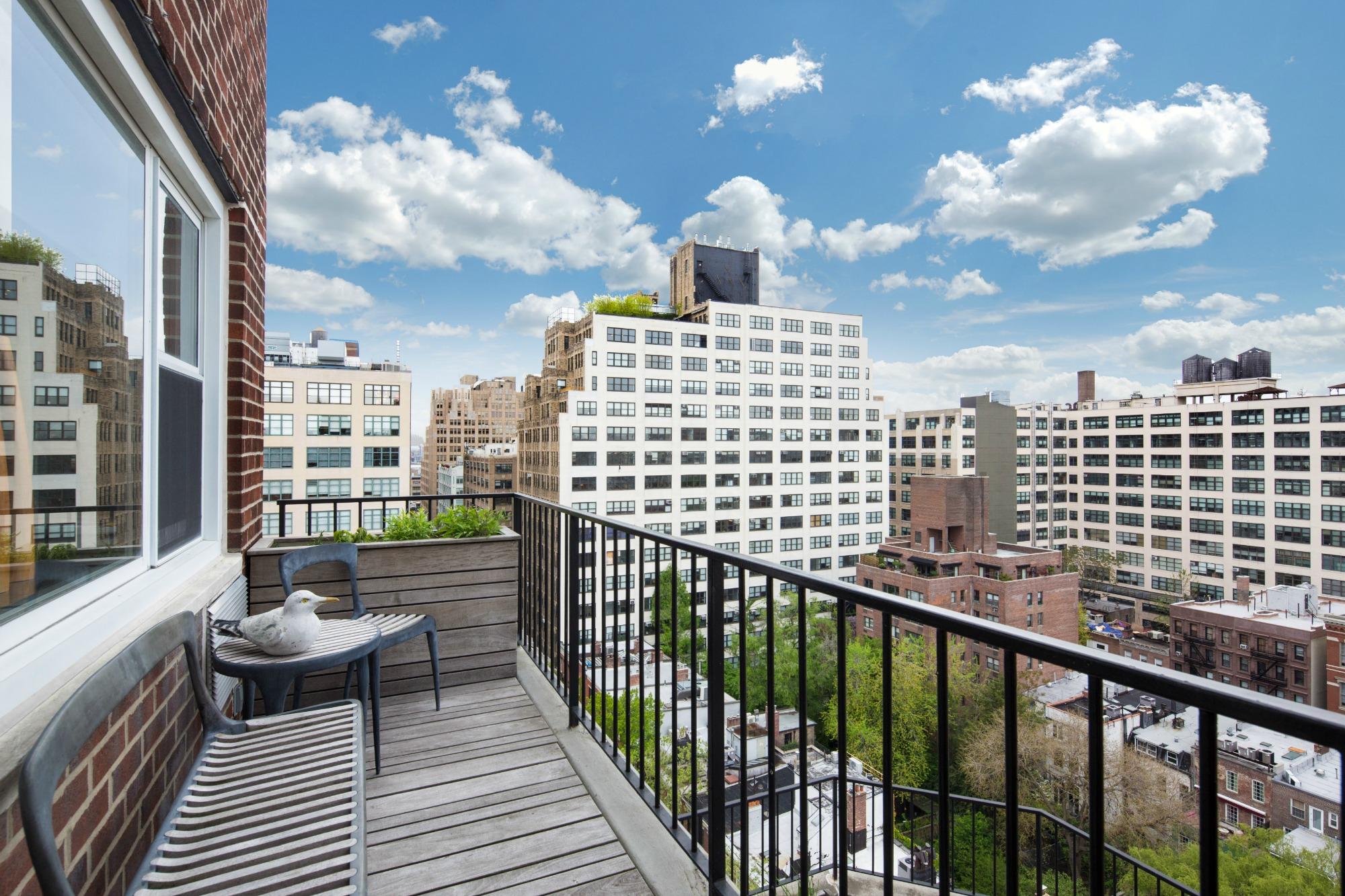 2 Charlton Street, Charlton House, Paul Ochs, custom-designed penthouse