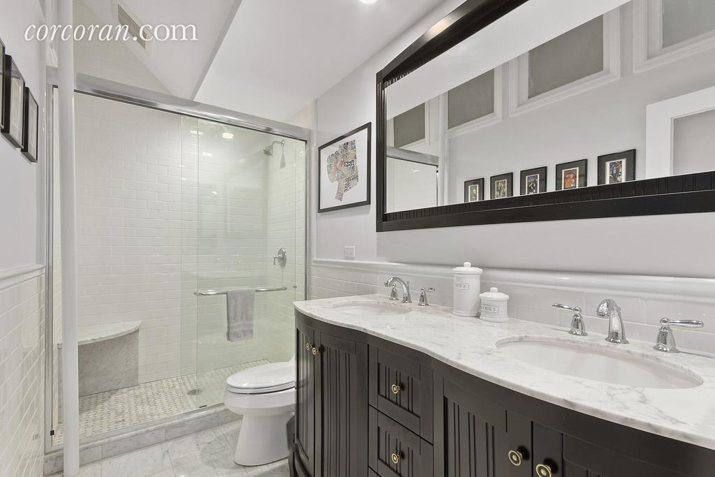 61 West 68th Street, Upper West Side, bathroom, co-op, parlor floor