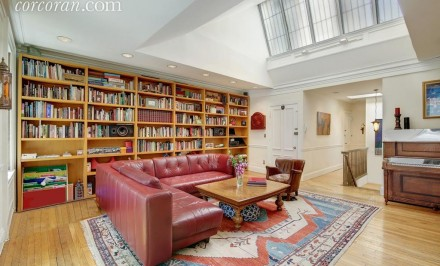151 East 37th Street Living Room