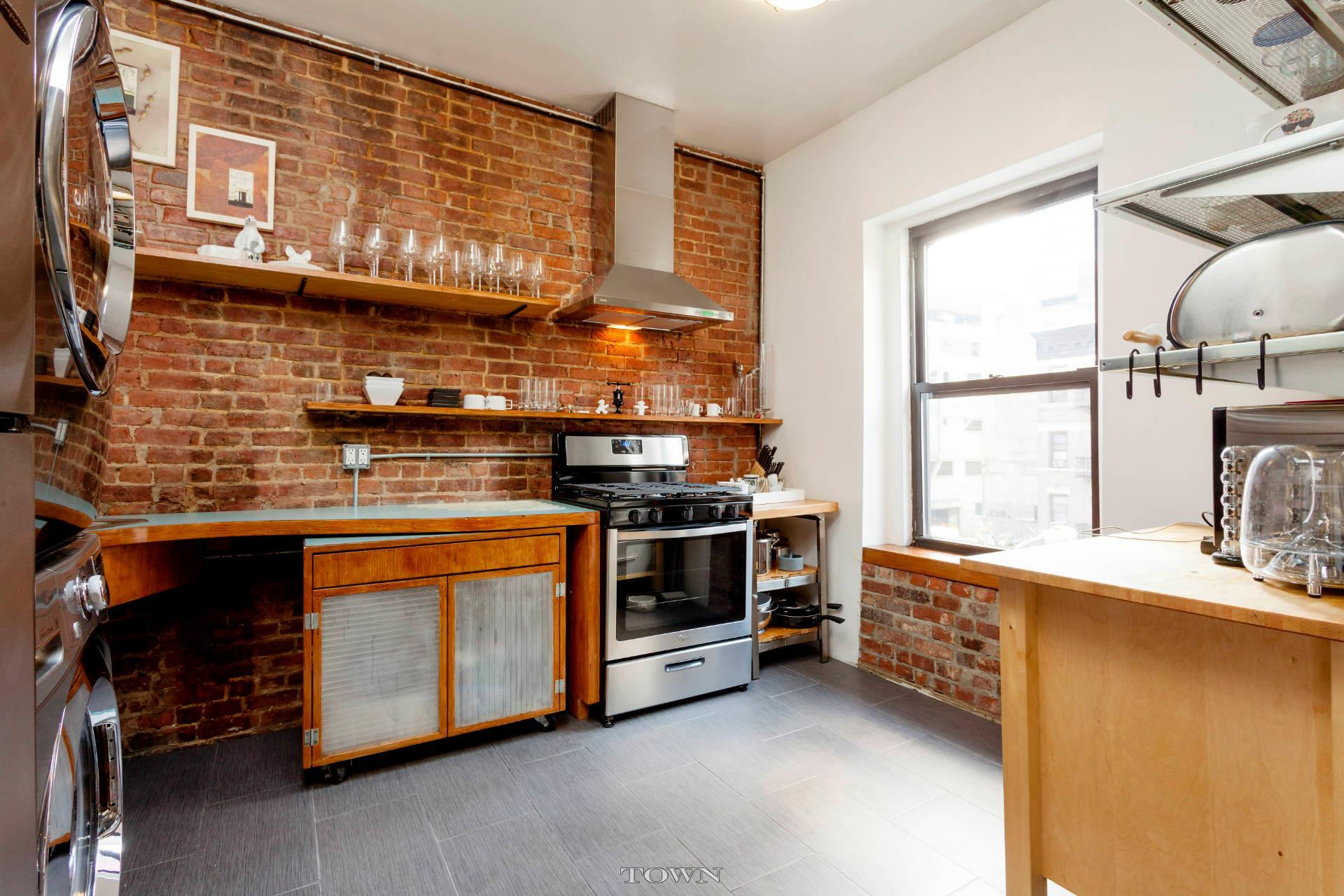 529 9th avenue, rental, kitchen