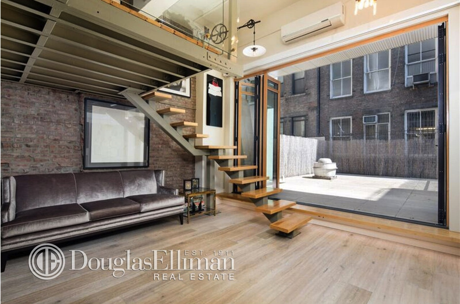 35 East 10th Street, loft, greenwich village,