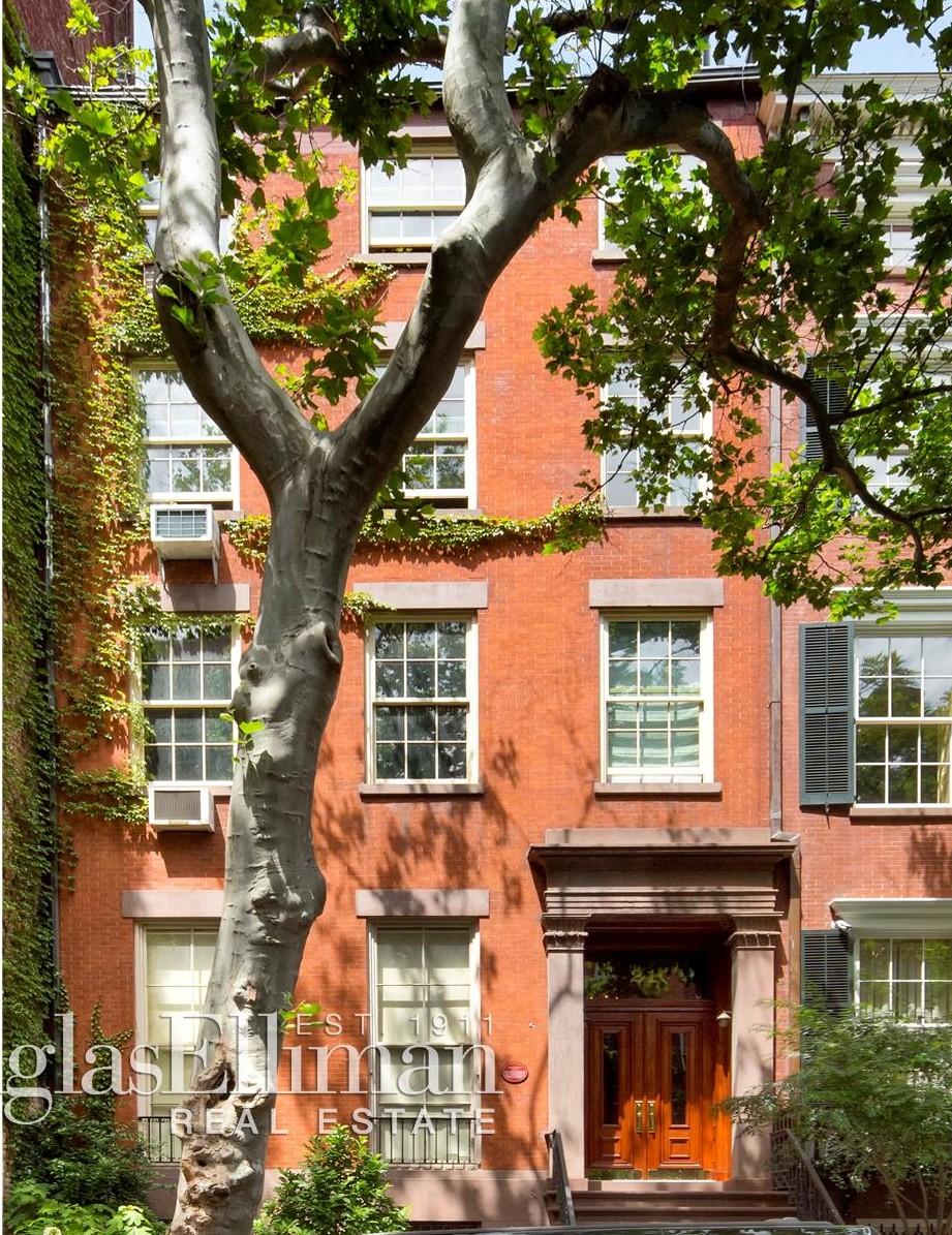 21 East 11th Street, Holly Hunter, Greenwich Village co-ops, Dan Weatherill Barber