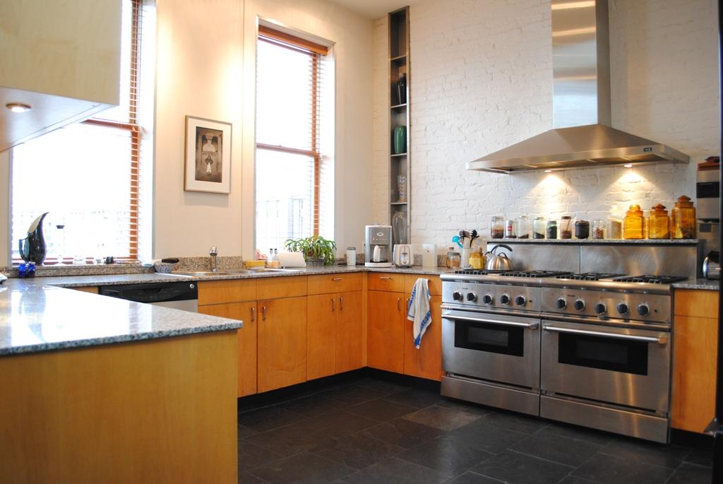 246 Frost Street, Williamsburg, firehouse, kitchen