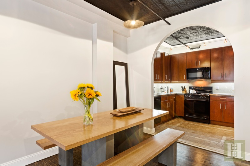 131 West 28th Street Dining