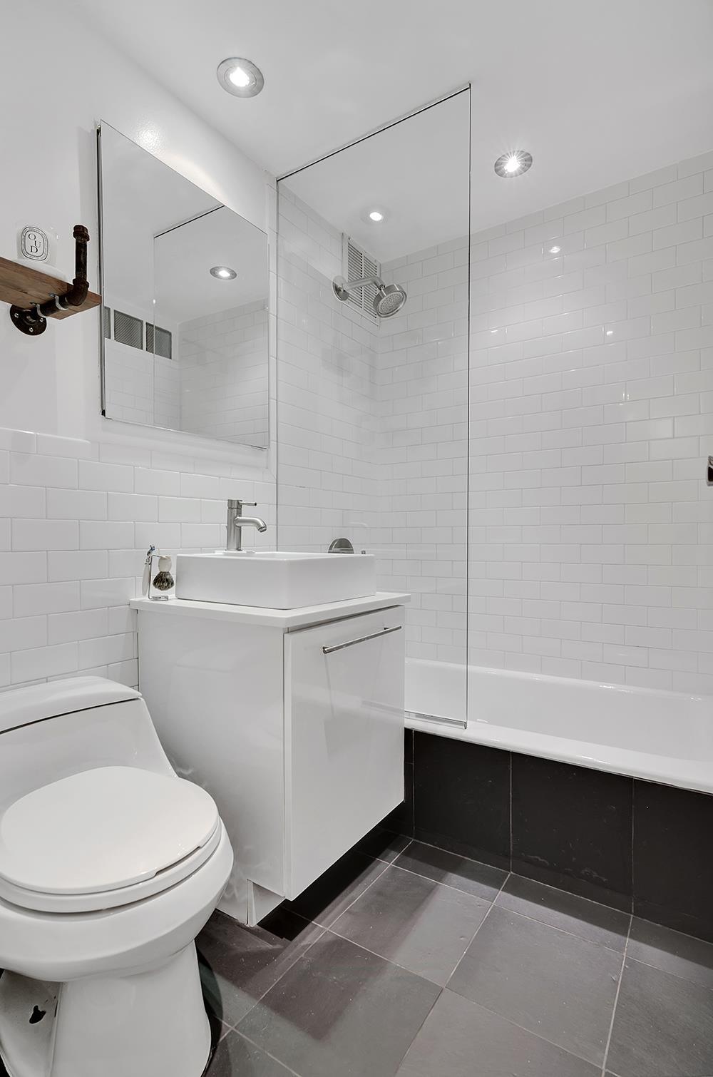 100 West 15th Street Bath