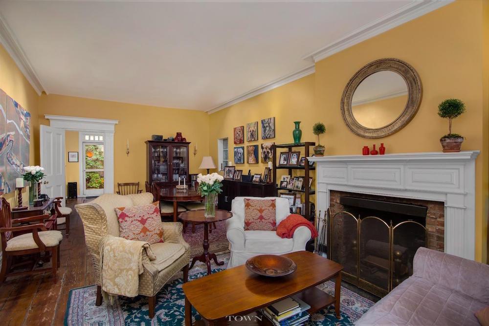 41 Bethune Street Living Room 2