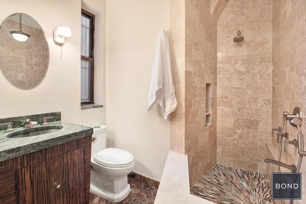 461 West 44th Street Bath