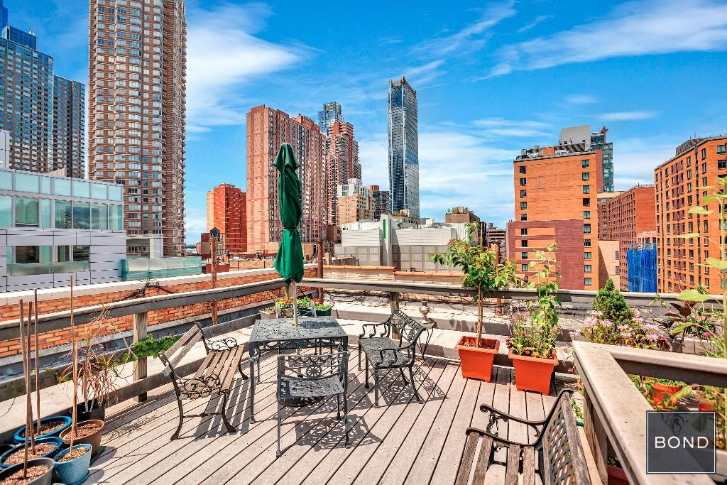 461 West 44th Street Roof Deck