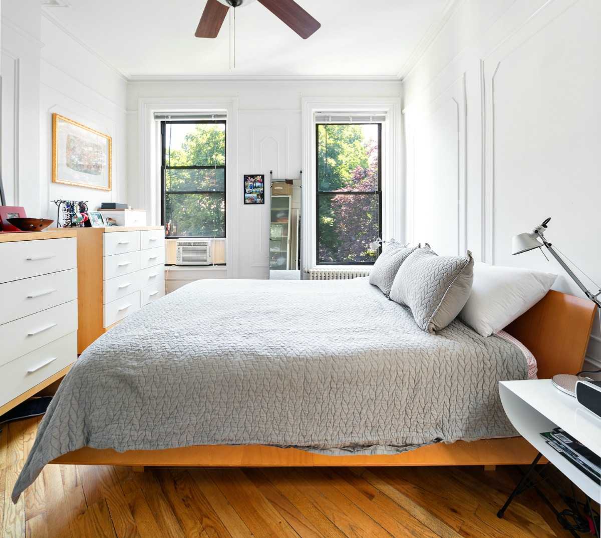 215 East 13th Street , cool listings, park slope, south slope, townhouses, duplexes, rentals, brooklyn duplex for rent, brooklyn,