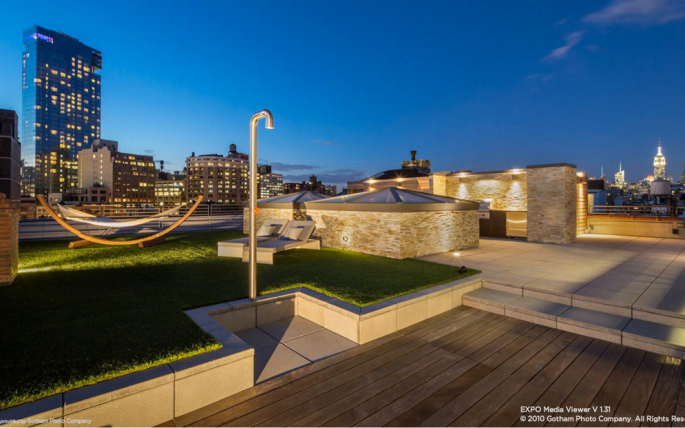 The stunning roof deck