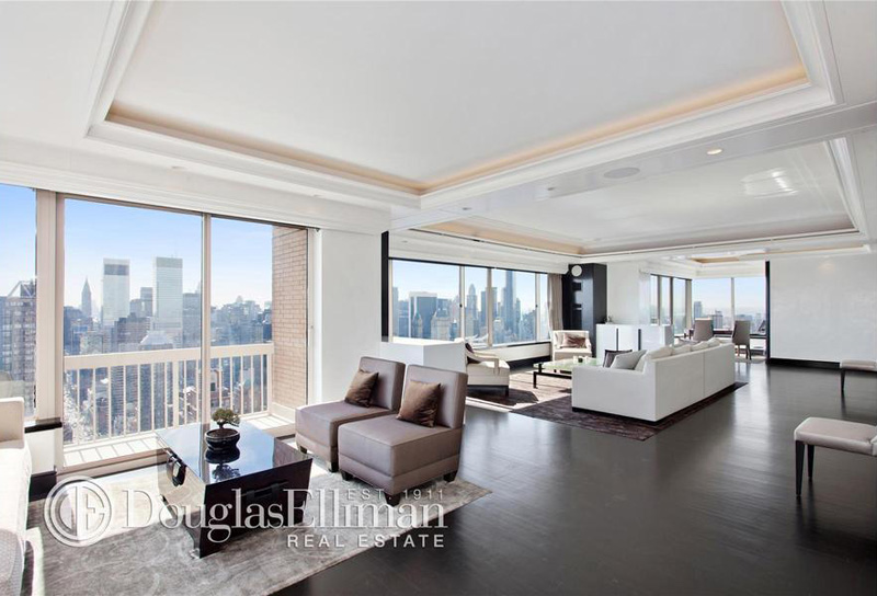 Sky high living inside the penthouses of 10 of manhattan for Condos for sale in new york