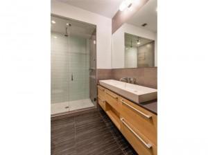 149 Skillman Ave bathroom