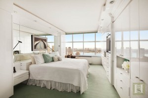 3 Lincoln Center, 46A bedroom