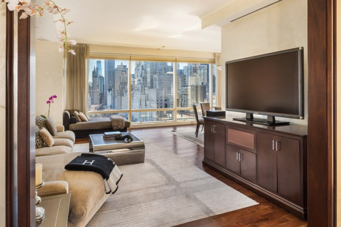 1 Central Park West, 23D living room