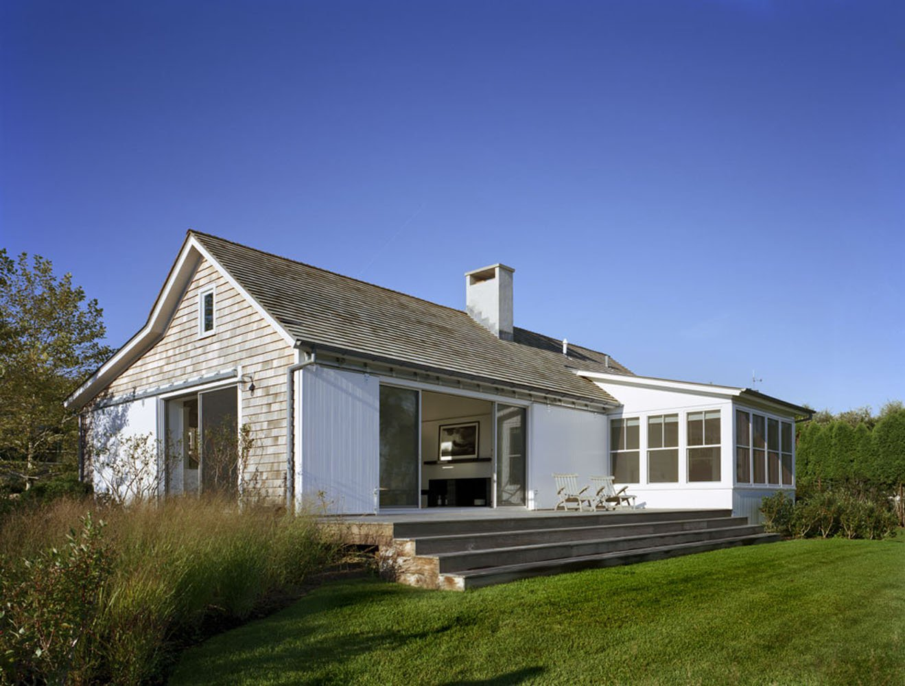 Peaceful montauk lake house is not your average vacation for House designer com