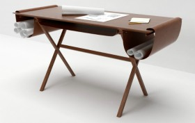 Oscar desk designed by Giorgio Bonaguro