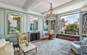 575 Park Avenue PH1606 living room