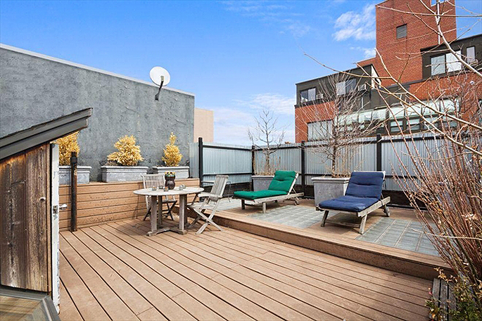 Moby penthouse at 262 mott street 7