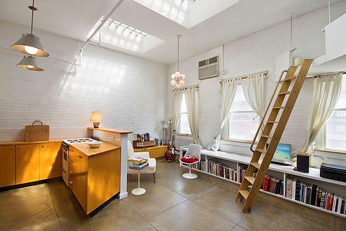 Moby penthouse at 262 mott street 2