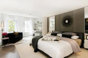 9 Commerce St interior master bed