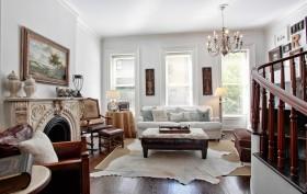 251 East 61st Street, Living Room