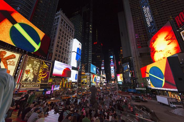 Photo by Ka-Man Tse for Times Square Arts