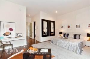 47 Murray Street, PH master bedroom