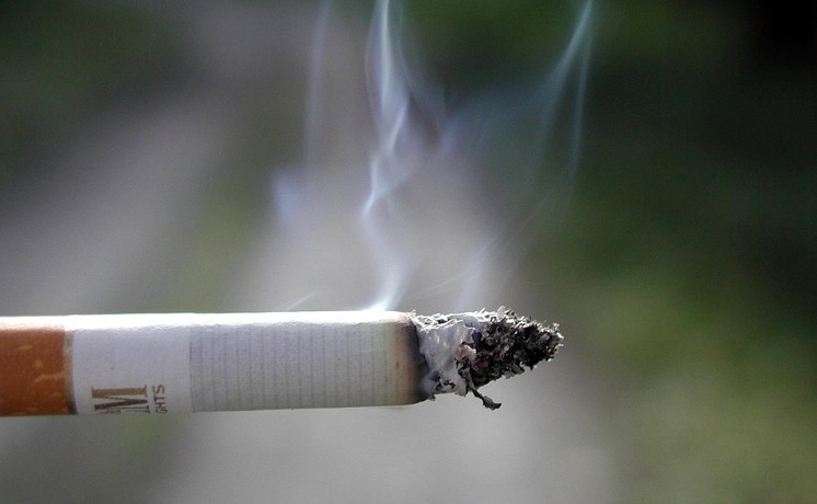 Smoking ban placed on New York and U.S. public housing