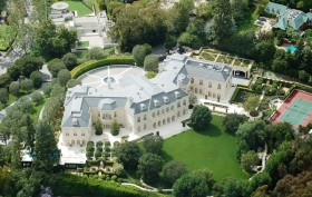 holmby hills mansion, spelling manor, tori spelling mansion, spalling mansion, candy spelling